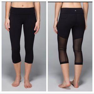 Lulu lemon Black Breathe Easy Crop Yoga Pants 4